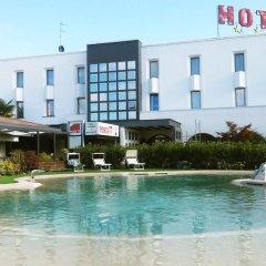 Hotel Posta 77 Сан-Джорджо-ин-Боско бассейн фото 2