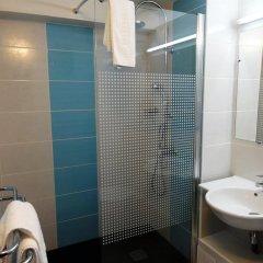 Отель Kyriad Toulouse Est Balma - Cité de l'Espace Франция, Бальма - отзывы, цены и фото номеров - забронировать отель Kyriad Toulouse Est Balma - Cité de l'Espace онлайн ванная