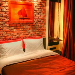 Мини-Отель Ломоносов комната для гостей