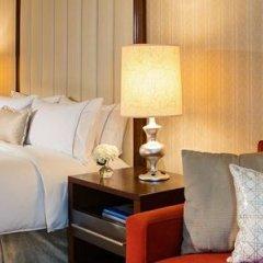 Отель Renaissance Newark Airport Hotel США, Элизабет - отзывы, цены и фото номеров - забронировать отель Renaissance Newark Airport Hotel онлайн сейф в номере