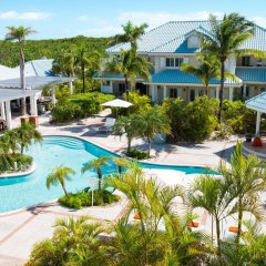 Отель Beach House Turks and Caicos бассейн фото 3
