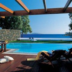 Отель Grand Resort Lagonissi бассейн