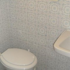 Hotel Mora Римини ванная