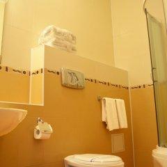 Гостиница Old Port Украина, Борисполь - 1 отзыв об отеле, цены и фото номеров - забронировать гостиницу Old Port онлайн ванная
