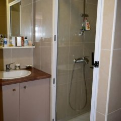 Апартаменты F2 Duplex Hanalei Apartment 1 ванная