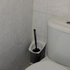 Budget Hotel Damrak Inn ванная