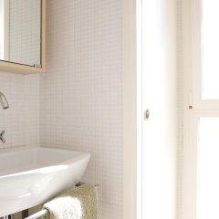 Отель Rent Top Apartments Las Ramblas Испания, Барселона - отзывы, цены и фото номеров - забронировать отель Rent Top Apartments Las Ramblas онлайн ванная фото 2