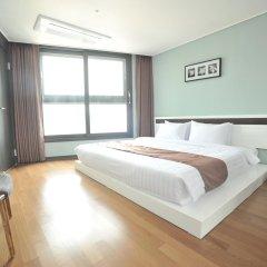 Hotel The Mark Haeundae сейф в номере