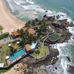 Отель White Villa Resort Aungalla пляж
