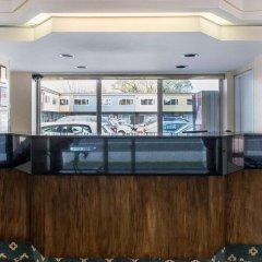 Отель Econo Lodge Downtown Ottawa Канада, Оттава - 2 отзыва об отеле, цены и фото номеров - забронировать отель Econo Lodge Downtown Ottawa онлайн интерьер отеля