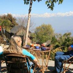 Отель Namobuddha Resort Непал, Бхактапур - отзывы, цены и фото номеров - забронировать отель Namobuddha Resort онлайн спортивное сооружение