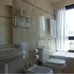 Отель Ezeiza Испания, Сан-Себастьян - отзывы, цены и фото номеров - забронировать отель Ezeiza онлайн ванная фото 2