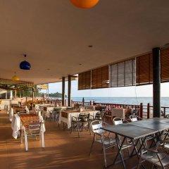 Отель Lanta Casuarina Beach Resort гостиничный бар