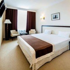 Corona Hotel & Apartments сейф в номере