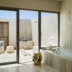 Отель Four Seasons Resort and Residence Anguilla ванная фото 2