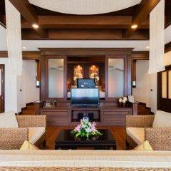 Отель Alpina Phuket Nalina Resort & Spa 4* Вилла с различными типами кроватей фото 2