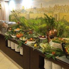 Commodore Hotel Jerusalem Израиль, Иерусалим - 3 отзыва об отеле, цены и фото номеров - забронировать отель Commodore Hotel Jerusalem онлайн питание фото 2