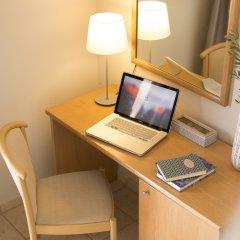 Отель Fiorella Sea View удобства в номере