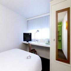 Отель Campanile Villeneuve D'Ascq удобства в номере фото 2