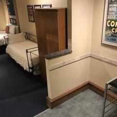Отель Chelsea Pines Inn США, Нью-Йорк - отзывы, цены и фото номеров - забронировать отель Chelsea Pines Inn онлайн удобства в номере фото 2