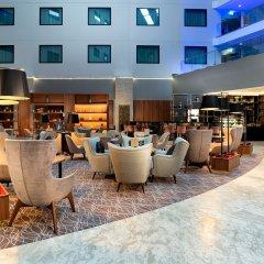Отель Crowne Plaza London Heathrow T4 Великобритания, Лондон - отзывы, цены и фото номеров - забронировать отель Crowne Plaza London Heathrow T4 онлайн бассейн