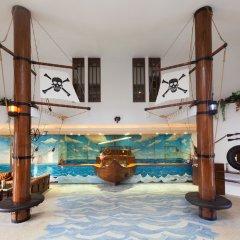 Pirates Beach Club Турция, Кемер - отзывы, цены и фото номеров - забронировать отель Pirates Beach Club онлайн интерьер отеля фото 3