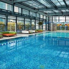 Отель InterContinental Shanghai Jing' An бассейн фото 2