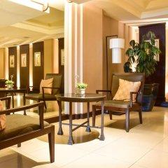 Отель Twin Towers Hotel Таиланд, Бангкок - 1 отзыв об отеле, цены и фото номеров - забронировать отель Twin Towers Hotel онлайн интерьер отеля фото 3