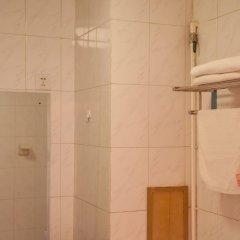 Отель Beijing Home Youth Hostel Китай, Пекин - отзывы, цены и фото номеров - забронировать отель Beijing Home Youth Hostel онлайн ванная фото 2