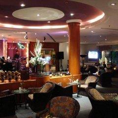 Metropole Hotel Phuket интерьер отеля