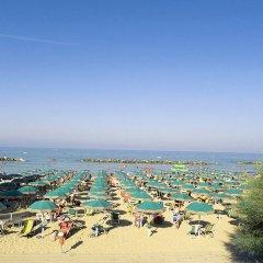 Отель Grand Hotel Adriatico Италия, Монтезильвано - отзывы, цены и фото номеров - забронировать отель Grand Hotel Adriatico онлайн пляж фото 2
