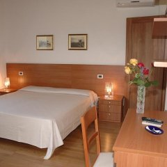 Отель Villa Pinella Прамаджоре комната для гостей фото 3