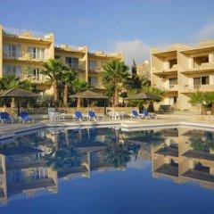 Отель Ta Frenc Apartments Мальта, Гасри - отзывы, цены и фото номеров - забронировать отель Ta Frenc Apartments онлайн бассейн фото 2