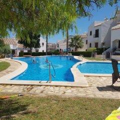 Отель Duplex Villamartin Fortuna Golf II Испания, Ориуэла - отзывы, цены и фото номеров - забронировать отель Duplex Villamartin Fortuna Golf II онлайн бассейн