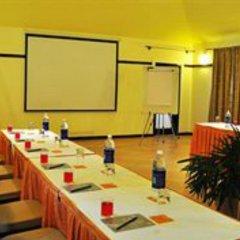 Отель Kyriad Prestige Calangute Goa Индия, Гоа - отзывы, цены и фото номеров - забронировать отель Kyriad Prestige Calangute Goa онлайн помещение для мероприятий
