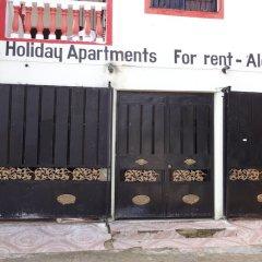 Отель Business & Holiday Aparthotel парковка