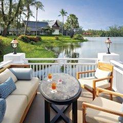 Отель Outrigger Laguna Phuket Beach Resort Таиланд, Пхукет - 8 отзывов об отеле, цены и фото номеров - забронировать отель Outrigger Laguna Phuket Beach Resort онлайн балкон