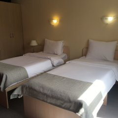 Райдерс Лодж (Riders Lodge Hotel) удобства в номере