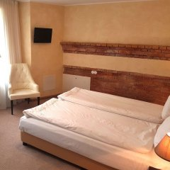 Отель Romantic Boutique Hotel & Spa Литва, Паневежис - 1 отзыв об отеле, цены и фото номеров - забронировать отель Romantic Boutique Hotel & Spa онлайн комната для гостей фото 3