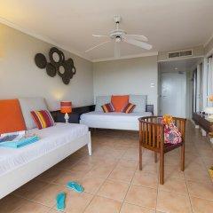 Отель Pierre & Vacances Residence Premium Les Tamarins комната для гостей