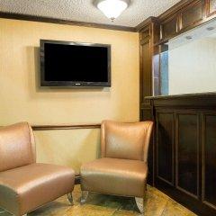 Отель Days Inn & Suites by Wyndham Vicksburg интерьер отеля