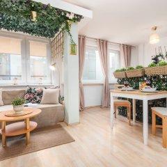 Отель Little Home - Alice Польша, Варшава - отзывы, цены и фото номеров - забронировать отель Little Home - Alice онлайн комната для гостей фото 4
