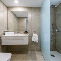 Отель Tasia Maris Seasons Hotel - Adults Only Кипр, Айя-Напа - 1 отзыв об отеле, цены и фото номеров - забронировать отель Tasia Maris Seasons Hotel - Adults Only онлайн ванная фото 2