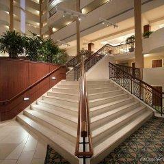 Отель Hilton Washington DC/Rockville Hotel & Executive Meeting Center США, Роквилль - отзывы, цены и фото номеров - забронировать отель Hilton Washington DC/Rockville Hotel & Executive Meeting Center онлайн балкон