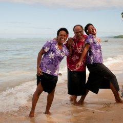 Отель Crusoe's Retreat Фиджи, Вити-Леву - отзывы, цены и фото номеров - забронировать отель Crusoe's Retreat онлайн пляж