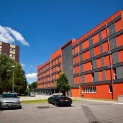 Отель MEININGER Milano Garibaldi парковка