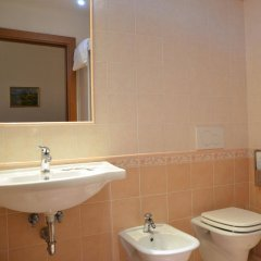 Hostel Archi Rossi ванная