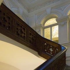 Отель Hospes Palau de La Mar сейф в номере