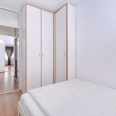 Отель FM Premium 2-BDR Apartment - Eleganto Болгария, София - отзывы, цены и фото номеров - забронировать отель FM Premium 2-BDR Apartment - Eleganto онлайн комната для гостей фото 4