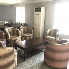 Отель Pentagon Luxury Suites Enugu Энугу интерьер отеля фото 3